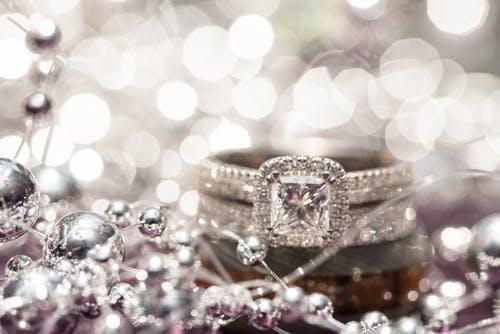 Инвестиции в бриллианты. Преимущества и недостатки